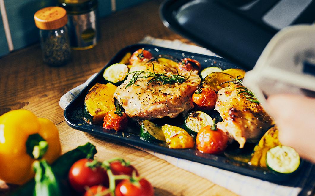 「鶏胸肉と野菜のロースト」の画像検索結果